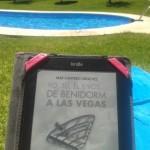 Paloma está leyendo YO TÚ ÉL Y VOS...DE BENIDORM A LAS VEGAS, Mar Cantero Sánchez