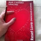"""Consigue """"Reset Love"""" dedicada por la autora"""