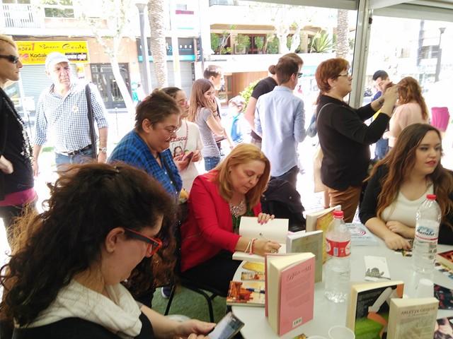 Feria del Libro de Alicante, 2016, 64, Mar Cantero Sánchez, www.marcanterosanchez.com [640x480]