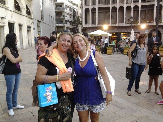 Con Megan Maxwell 2, Mar Cantero Sánchez, www.marcanterosanchez.com [640x480]