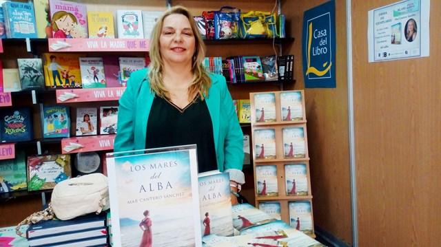 Los mares del alba, Feria del libro de Alicante 2018 (9), Mar Cantero Sánchez, www.marcanterosanchez.com [640x480]