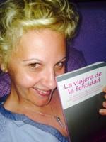 Lorena y La viajera de la felicidad, Mar Cantero Sánchez, www.marcanterosanchez.com [320x200]