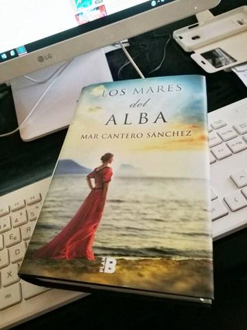 Los mares del alba, Mar Cantero Sánchez, foto lectora 1, www.marcanterosanchez.com [640x480]