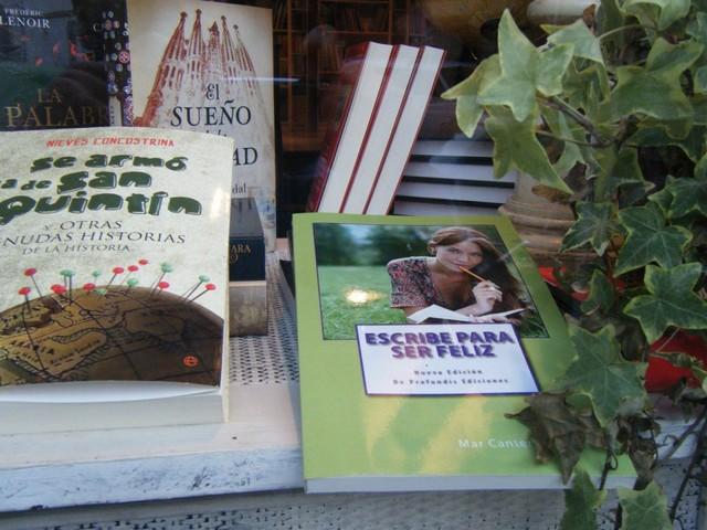 La Mar Llibres, Denia, Mar Cantero Sánchez, www.marcanterosanchez.com [640x480]