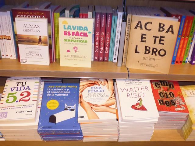 La vida es fácil si sabes simplificar, Zenith-Planeta, Corte Inglés Alicante 2, Mar Cantero Sánchez, www.marcanterosanchez.com [640x480]