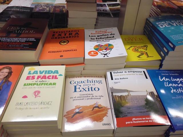 La vida es fácil si sabes simplificar, Zenith-Planeta, Fnac Alicante 3, Mar Cantero Sánchez, www.marcanterosanchez.com [640x480]