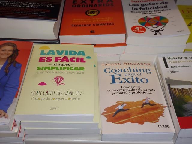 La vida es fácil si sabes simplificar, Zenith-Planeta, Fnac Alicante 4, Mar Cantero Sánchez, www.marcanterosanchez.com [640x480]