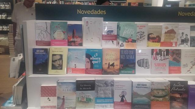Los mares del alba, Casa del libro Alicante 2, Mar Cantero Sánchez, www.marcanterosanchez.com [640x480]
