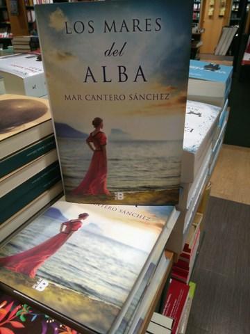 Los mares del alba, Casa del libro Alicante 5, Mar Cantero Sánchez, www.marcanterosanchez.com [640x480] - copia