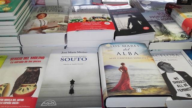 Los mares del alba, Corte Inglés Valencia 10, Mar Cantero Sánchez, www.marcanterosanchez.com [640x480]