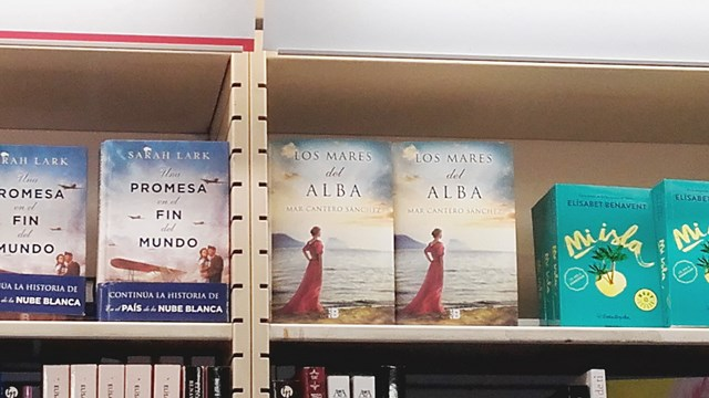 Los mares del alba, La Fnac Valencia 2, Mar Cantero Sánchez, www.marcanterosanchez.com [640x480]