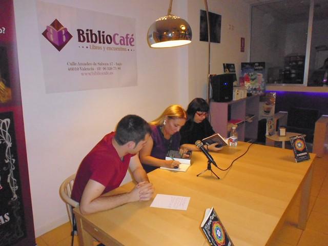 Presentación El matarratas 11, Bibliocafé, Valencia, Mar Cantero Sánchez, www.marcanterosanchez.com [640x480]