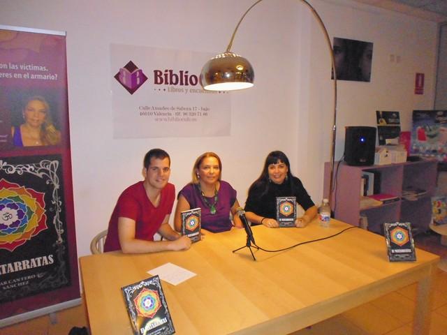 Presentación El matarratas 12, Bibliocafé, Valencia, Mar Cantero Sánchez, www.marcanterosanchez.com [640x480]
