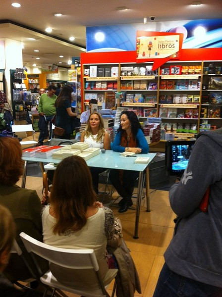 Presentación La vida es fácil 82, Casa del libro, Mar Cantero Sánchez, www.marcanterosanchez.com