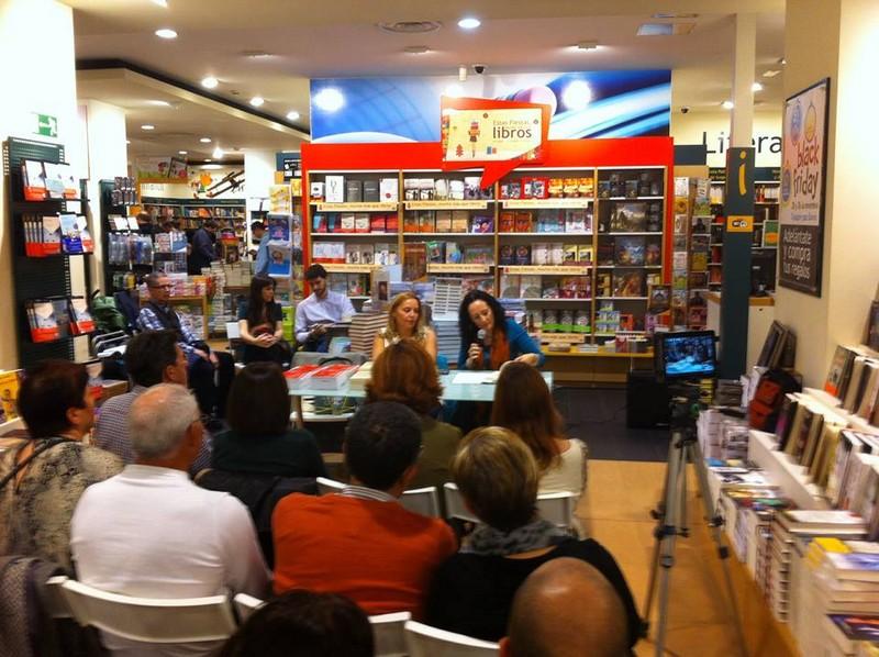 Presentación La vida es fácil 83, Casa del libro, Mar Cantero Sánchez, www.marcanterosanchez.com