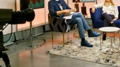 Donís Salvador, presentador de Revista de Sociedad, habla de LOS MARES DEL ALBA