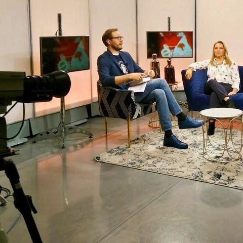 Entrevista en Revista de Sociedad, Levante TV