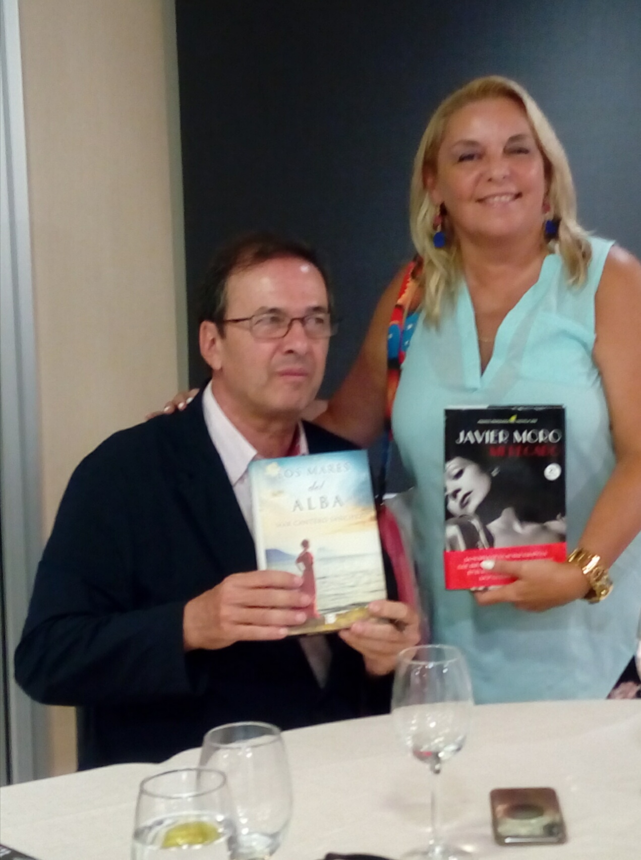 Mar Cantero Sánchez con Javier Moro