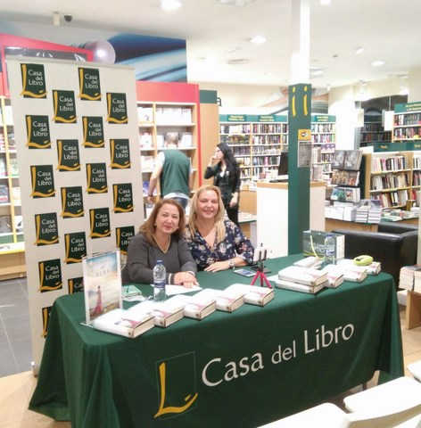 Fotos presentación LOS MARES DEL ALBA, Casa del Libro Alicante